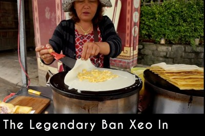 The legendary banh xeo in Hoi An