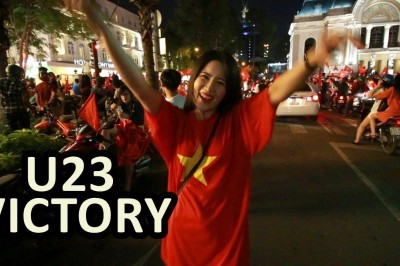 COGAI SKY: Saigon street after the victory of Vietnam AFC 2018
